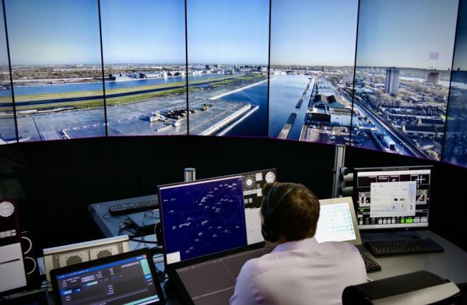 Londyńskie City Airport pierwszym dużym lotniskiem kontrolowanym przez zdalną cyfrową wieżę