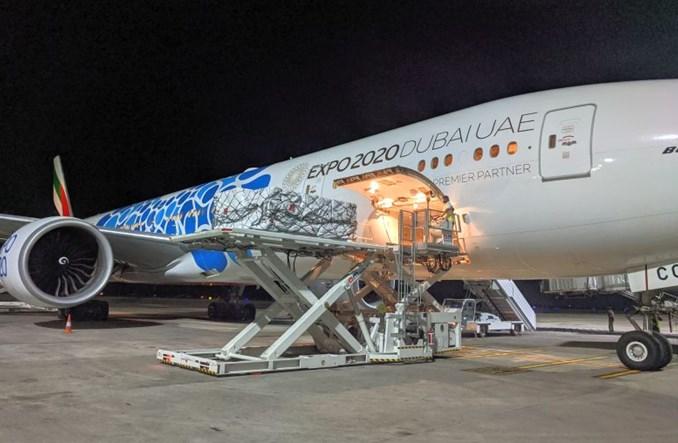 Emirates uruchamiają pomost lotniczy z pomocą dla Indii