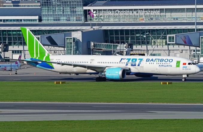 Dreamlinery Bamboo Airways dolecą jesienią do Kalifornii