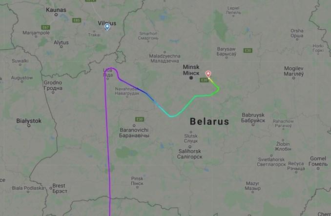 Samolot Ryanair zmuszony do lądowania w Mińsku. Morawiecki: akt państwowego terroryzmu [aktualizacja]