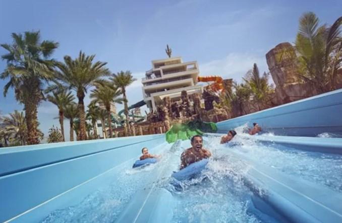 Wyjątkowa oferta Emirates. Bilet na rejs z wodnymi atrakcjami Dubaju