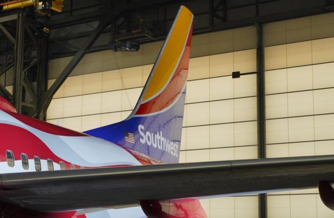 Southwest Airlines świętują 50 lat od pierwszego lotu. Linia prezentuje B737 w specjalnym malowaniu Freedom One (Zdjęcia)