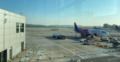 Kraków: Przetarg na pełnienie nadzoru przy rozbudowie płyty postojowej samolotów