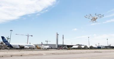 Volocopter 2X poleciał nad Paryżem. Latająca taksówka obsłuży gości IO 2024?