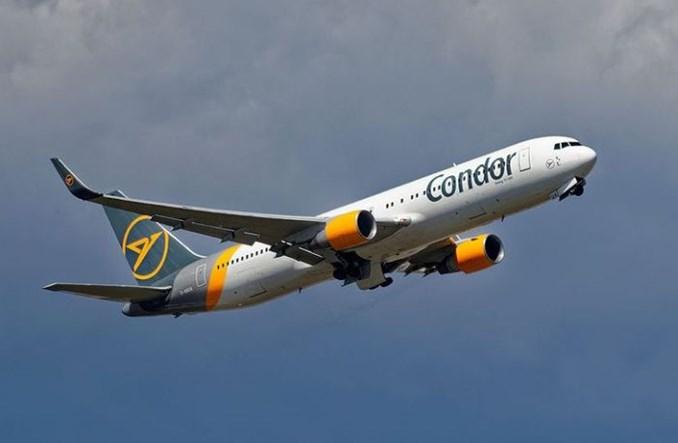 Condor doleci pod koniec lata do dwóch miast Kanady