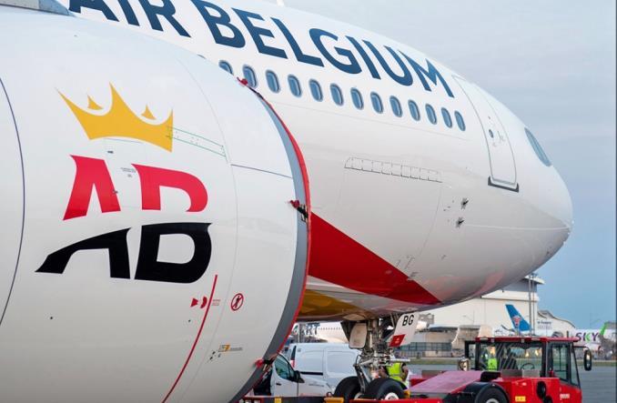 Air Belgium: Pierwszy A330neo już w pełnych barwach (zdjęcia)