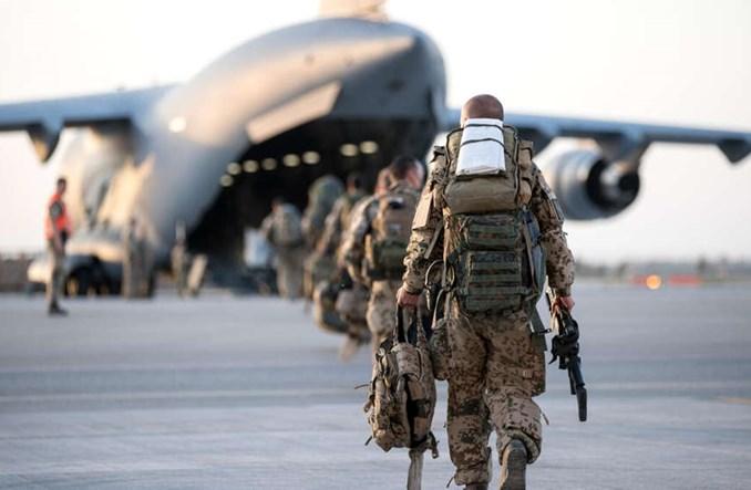 Niemcy, Ukraina i Czesi ewakuują zagrożonych z Kabulu