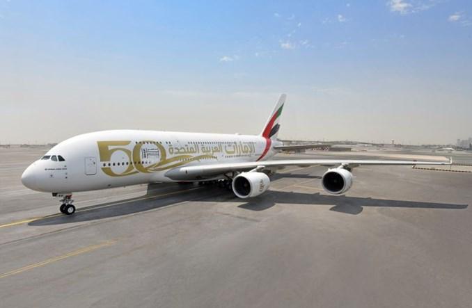 Specjalne malowanie samolotów Emirates z okazji 50. rocznicy ZEA