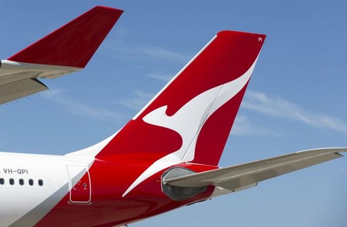 Grupa Qantas na życzenie pracowników wprowadza obowiązek szczepień