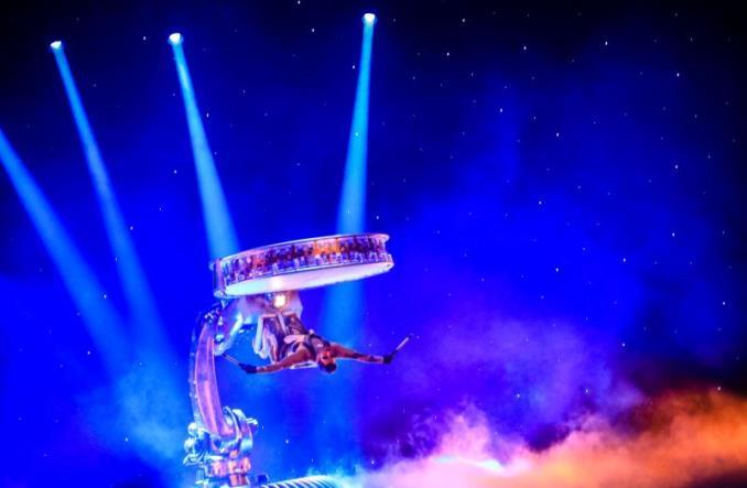 Bilet na widowisko teatralne La Perle w bonusie za rejs do Dubaju