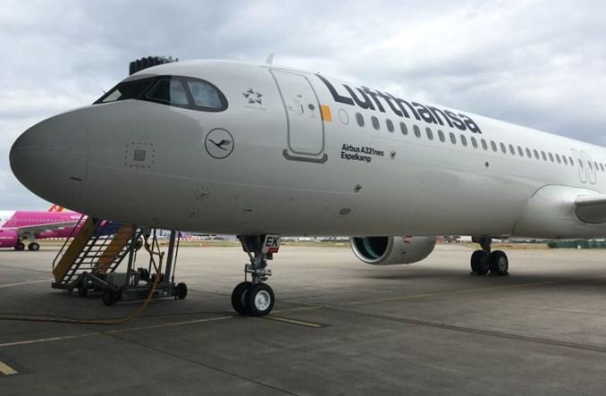 Lufthansa wzmocni rozkłady rejsów i poprawi catering. Celem podróżujący służbowo