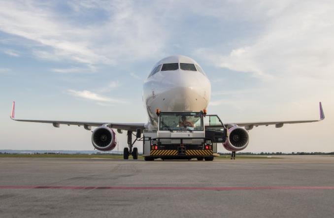 Pierwszy rejs Wizz Air z Oslo do Rzeszowa i niemal komplet pasażerów