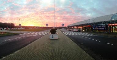 Orlen Aviation chce zbudować skład paliw na lotnisku w Modlinie