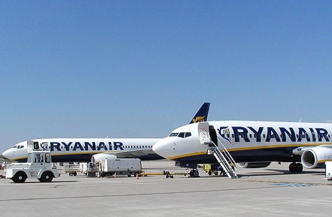 Ryanair Sun: Touroperatorzy nie patrzą przychylnie na Modlin