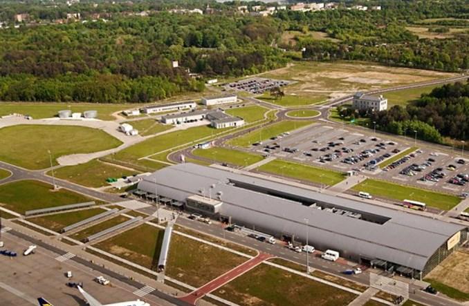 Modlin: Lipiec najlepszym miesiącem w historii lotniska